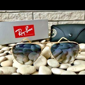 Ray-Ban RB3025 Aviator Flash Lenses Blue Gradient